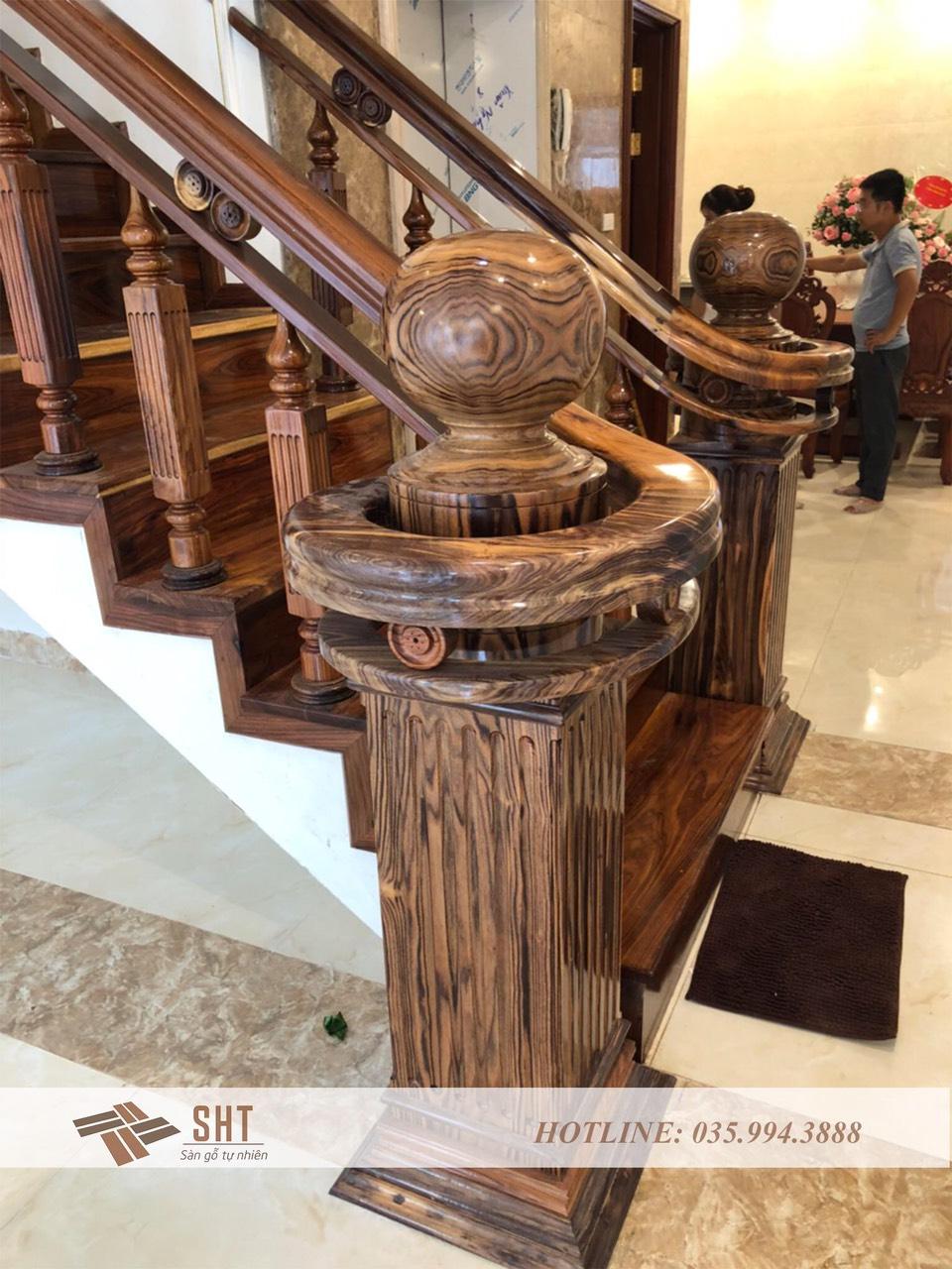 Hình ảnh cầu thang gỗ cẩm lai