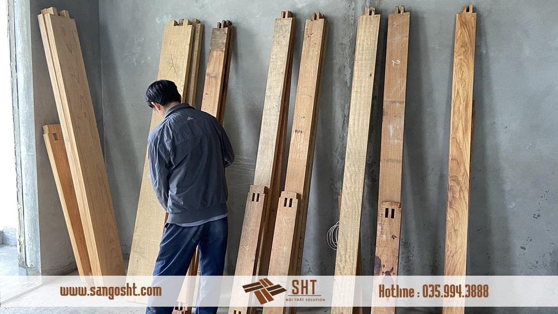 Khuôn cửa gỗ
